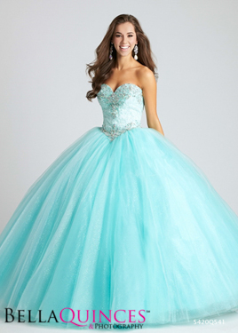 allure Q541F Aqua bella quinces photography