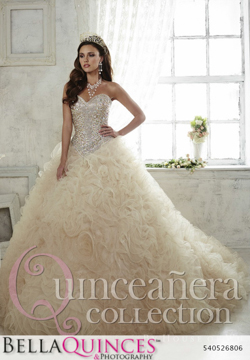 26806 champagne quinceanera collection bellaquinces photography
