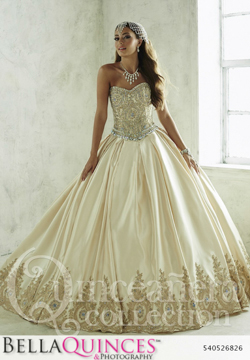26826 gold quinceanera collection bellaquinces photography