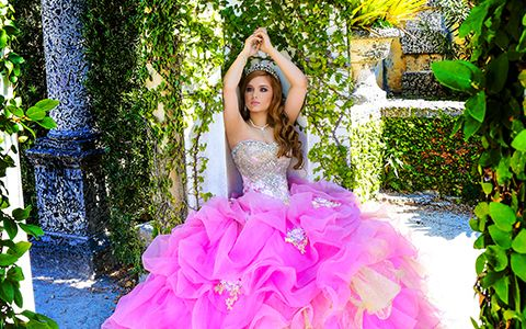 Quinces photography themes Vizcaya ligth pink dress Bella Quinces